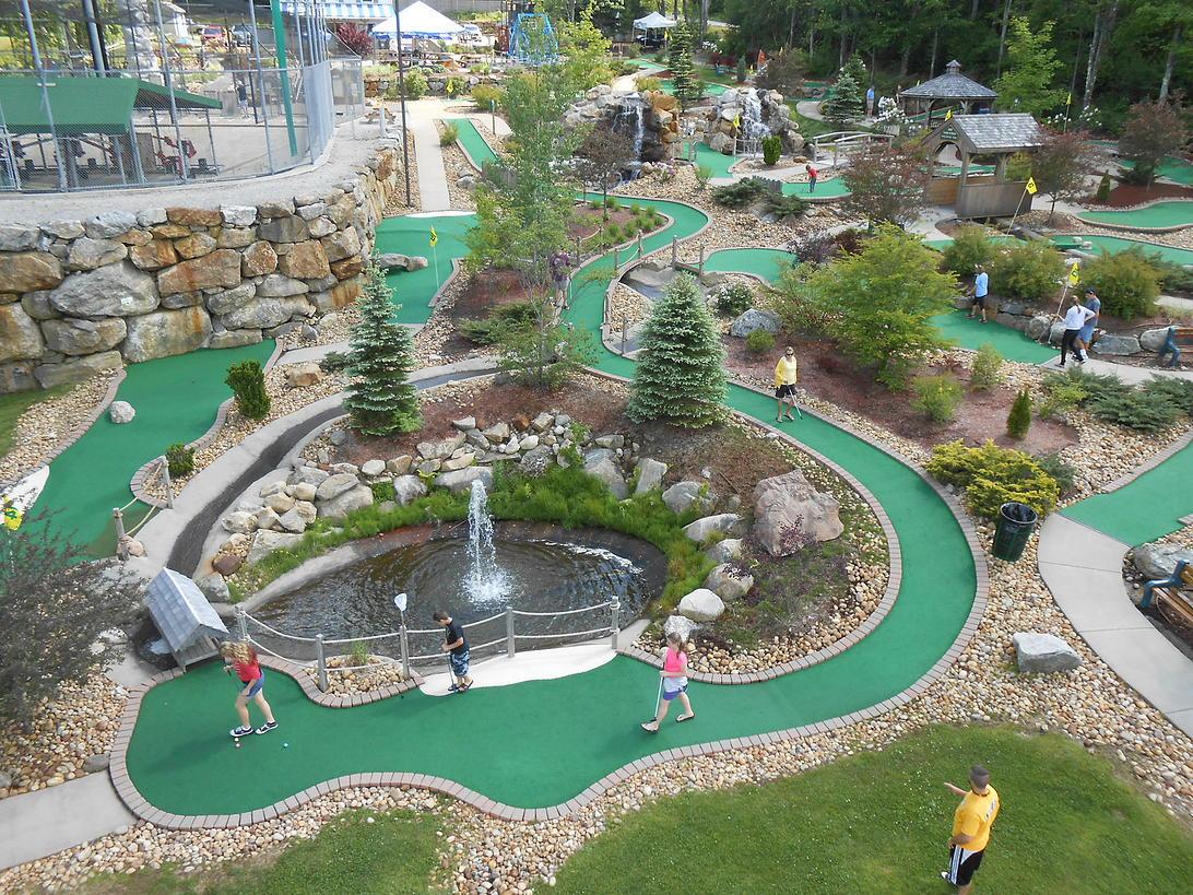 Turismo de Binghamton, Chuckster's Family Fun Park